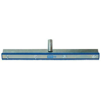 Squeegee blades for flooring in rubber and polyurethane